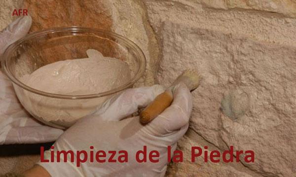 Consolidación Y Limpieza De La Piedra De Construcción